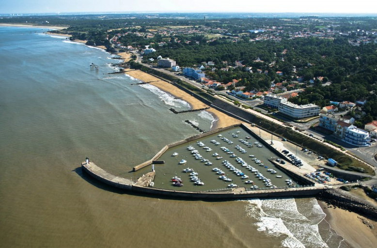 port de plaisance de tharon